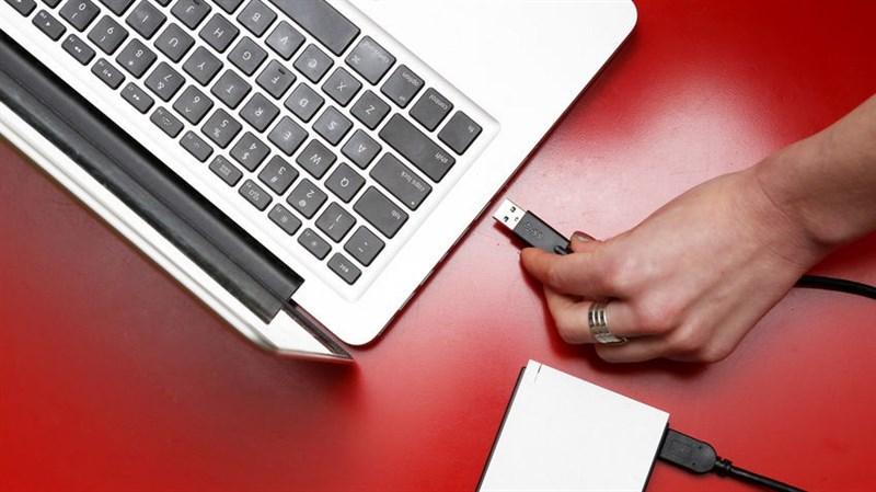 Lưu ý khi sử dụng pin cho laptop để tránh bị chai pin